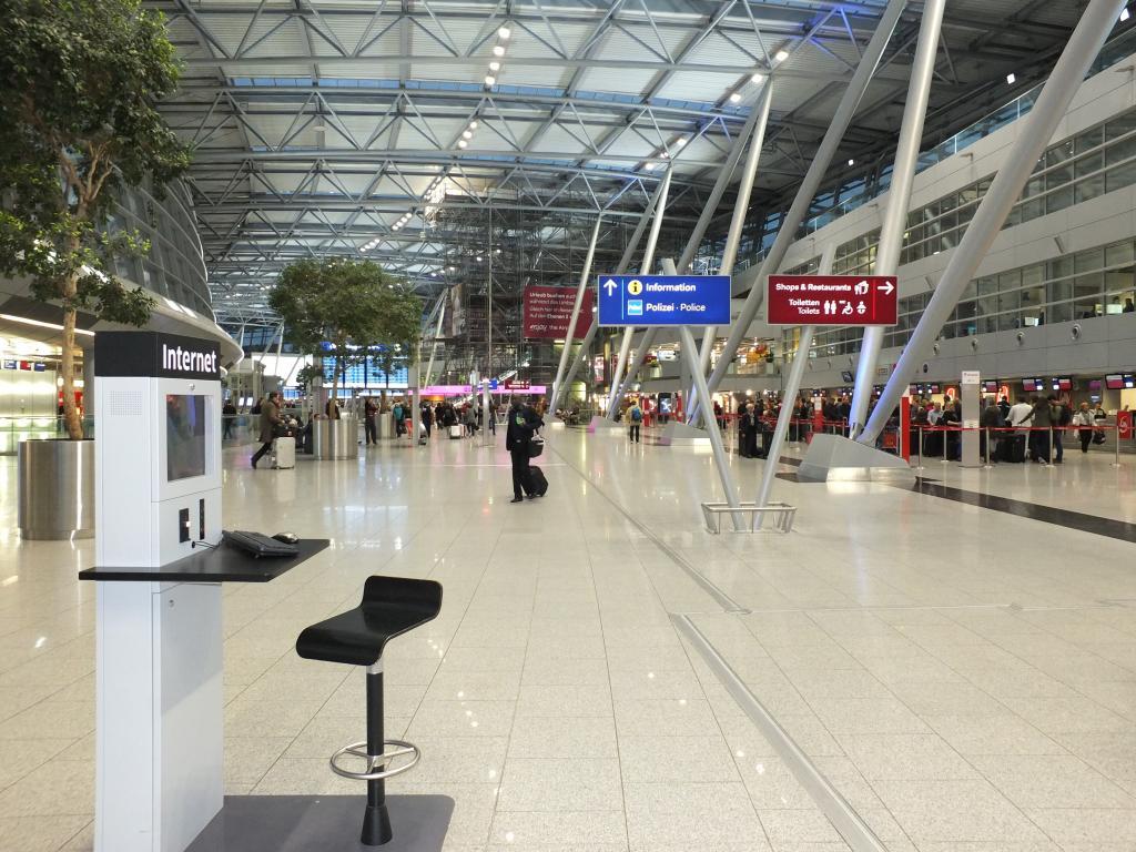 Flughafen Düsseldorf stellt auf LED-Beleuchtung um   airportzentrale.de